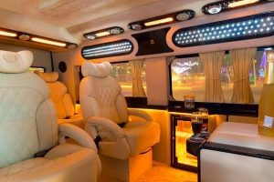 Saigon Luxury Limousine car transfers